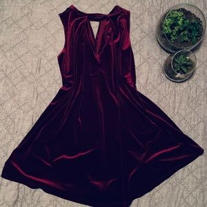 Wine red velvet dress size S